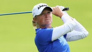 Women's British Open: Stacy Lewis hits 'beautiful' tee shot on 17th
