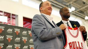 Dwyane Wade shows off new look, calls Chicago 'home'
