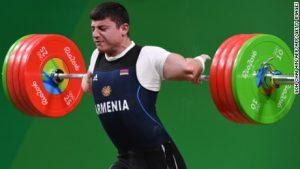 Horror injury at weightlifting final