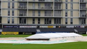 One-Day Cup: Essex wait on quarter-final spot after no play at Gloucestershire