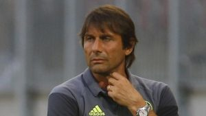 Chelsea boss Conte 'first signed for eight footballs & £100'