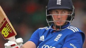 England v Pakistan: Joe Root's 89 helps England beat Pakistan