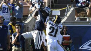 WATCH: Cowboys rookie QB Dak Prescott feeds Dez Bryant for some beautiful throws