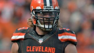 NFL Roster Cuts Tracker: Latest moves for all 32 teams as they trim to 75 players