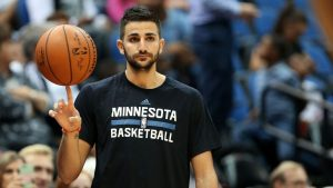 Timberwolves' Rubio ready to mentor rookie Dunn
