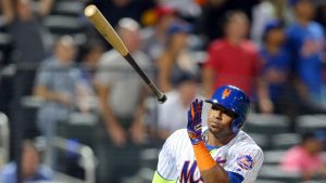 WATCH: Cespedes hits massive walkoff home run, celebrates in style
