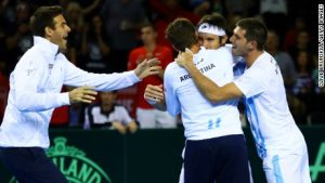 Davis Cup: Mayer earns final place for Argentina
