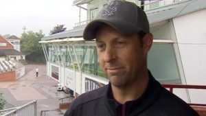 Marcus Trescothick: Somerset must be positive about County Championship title-decider