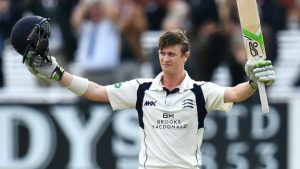 Middlesex v Yorkshire: Nick Gubbins brings up 100 with a fine six