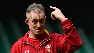 Exiles can be picked despite selfish decision – Howley