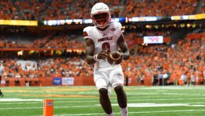 Here are all the ways Louisville QB Lamar Jackson is better than most offenses