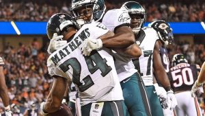 Carson Wentz, Eagles tame Bears to stay unbeaten: 6 things to know