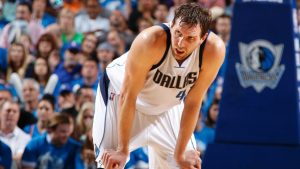 Mavs' Nowitzki 'year by year' with career