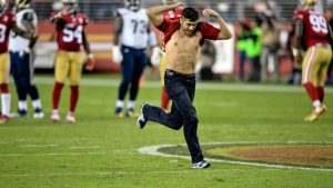 LOOK: A fan rushes the field and gains more yards than the Rams offense
