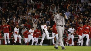 WATCH: Walk-off Red Sox homer delivers blow to Yankees' postseason hopes
