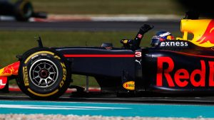 Daniel Ricciardo wins F1 Malaysian Grand Prix; Lewis Hamilton lashes out at Mercedes