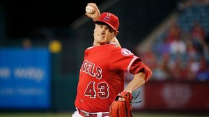 Angels' Richards undergoes PRP injection in arm