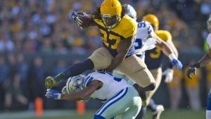 Packers' Eddie Lacy reportedly will miss several weeks with more than ankle sprain