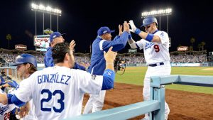 MLB Playoffs 2016: Dodgers+ACYAIw-039+ADs Grandal breaks out of slump with big blast vs. Cubs