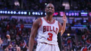 NBA fines Bulls+ACYAIw-039+ADs Dwyane Wade +ACQ-25K for throat slash gesture