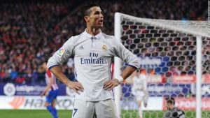 Ronaldo beats Messi to best player award