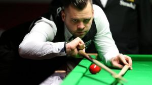 UK Championship 2016: Jimmy Robertson finds Mark Davis match 'difficult'