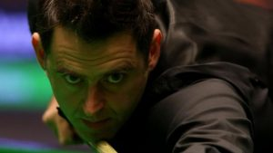 UK Championship 2016: Ronnie O'Sullivan powers on at UK Championship