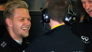 Renault+ACYAIw-039+ADs-s Kevin Magnussen is on Haas F1 Team+ACYAIw-039+ADs-s radar for 2017 seat