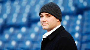 Lindros declines participation in concussion suit