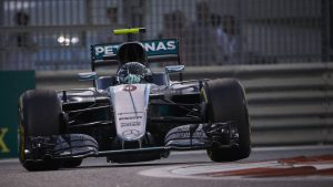 Niki Lauda: Mercedes F1 driver hire could take months