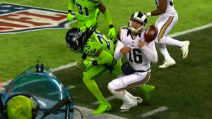 Rams QB Jared Goff leaves game after being annihilated by Richard Sherman