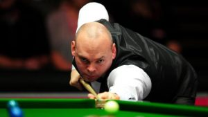 Stuart Bingham: Ex-world champion could miss Masters with daughter due