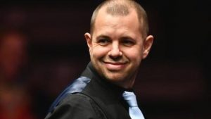 Masters 2017: Barry Hawkins knocks out world number one Mark Selby to reach semis