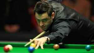 Ronnie O'Sullivan fights back against Joe Perry in Masters final