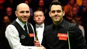 Masters Final 2017: Ronnie O'Sullivan fights back against Joe Perry in the first session