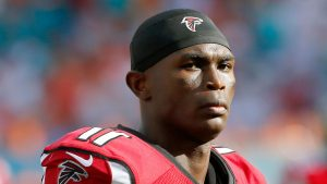 Falcons' Jones, Mack limited, to ramp up reps