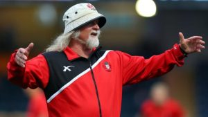 Laurie Fisher: Gloucester head coach tweets hint of resignation