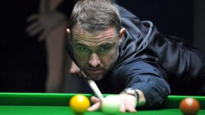 Stephen Hendry beaten as Peter Lines wins World Seniors event