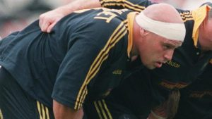Paul van Zandvliet: Ex-Newcastle prop honoured by Rugby Players' Association