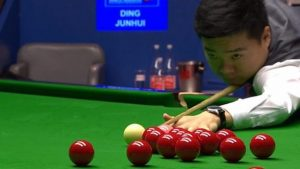 Watch: 'Amazing' Selby foul hands advantage to Ding
