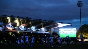 Leaders Leinster beat Glasgow after floodlight failure