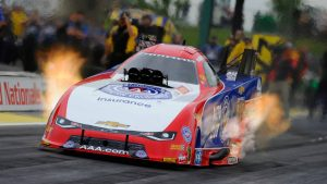 Robert Hight's national Funny Car speed record highlights abbreviated Friday NHRA qualiyfing at Topeka
