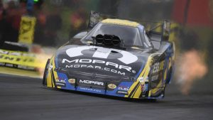NHRA Kansas final qualifying results, Sunday pairings: Matt Hagan sets national Funny Car records
