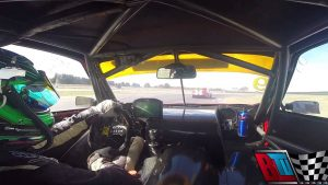 Watch this rotary-powered Fiat chase down a V8 Supercar