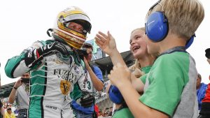 Ed Carpenter leads Indy 500 bump day, Sébastien Bourdais hospitalized
