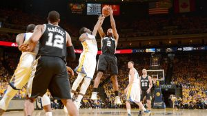 Without Leonard, Spurs fall to epic comeback in Golden State