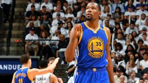 Durant tops Curry as favorite for Finals MVP