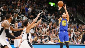 Curry made a bad 3 most important shot in NBA