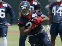 D'Onta Foreman arrested for weapon, marijuana possession