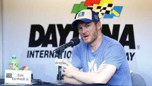 Opinion: Coke Zero 400 NASCAR race setting up to be Dale Jr.'s last stand